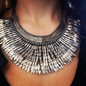 Stella & Dot Pegasus Necklace in Silver